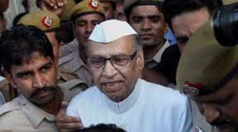 Rasheed Masood's son, Shazan Masood, confirmed his father's meeting with Mulayam. He also did not rule out returning to SP.