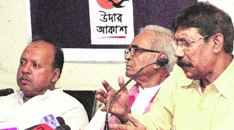 (From left) TMC MLA M Nuruzzaman, expelled CPM leader Abdur Rezzak Mollah and retired IPS officer Nazrul Islam, in Kolkata, on Monday.express