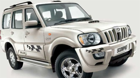 Sales of utility vehicles in March 2004 grew by 6.38 per cent to 16,281 units from 15,304 units in the year-ago month.