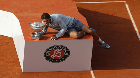 Rafael Nadal came from a set down to defeat Novak Djokovic 3-6 7-5 6-2 6-4, in Paris on Sunday (Source: AP)