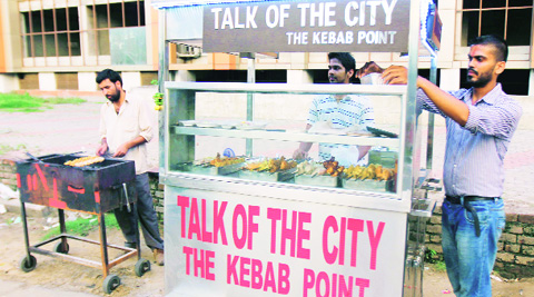 "At the ""Talk of the City"" at Ghumar Mandi in Ludhiana. (Source: Express photo by Gurmeet Singh)"
