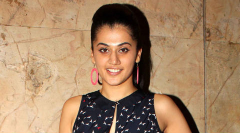 Taapsee: I love Gaurang's work and admire his weaves.