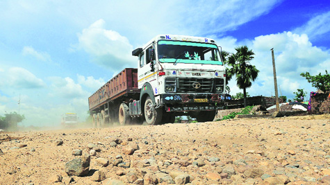 The 68-kilometre national highway is mostly a dirt track near Raxaul.